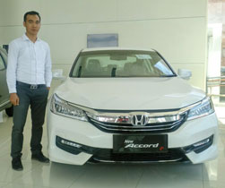 Sales Marketing Mobil Dealer Honda Lampung Otiv