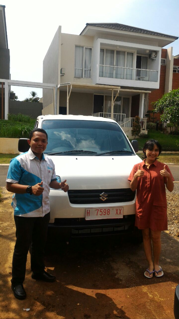 Sales Marketing Mobil Dealer Suzuki Semarang Panji