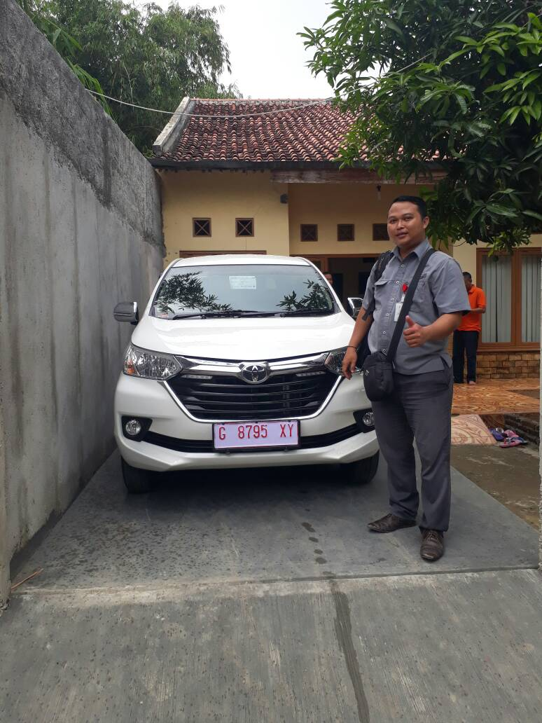 Sales Marketing Mobil Dealer Toyota Slawi Arif Gunawan