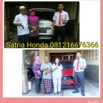 Foto Penyerahan Unit 10 Sales Marketing Mobil Dealer Honda Kediri Satria
