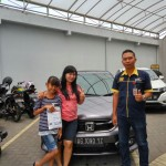 Foto Penyerahan Unit 13 Sales Marketing Mobil Dealer Honda Kediri Satria