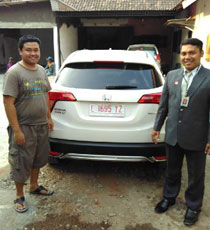 Sales Marketing Dealer Mobil Honda Sampang
