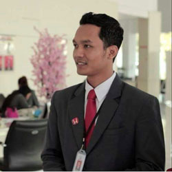 Sales Marketing Mobil Dealer Honda Banyuwangi David Dave