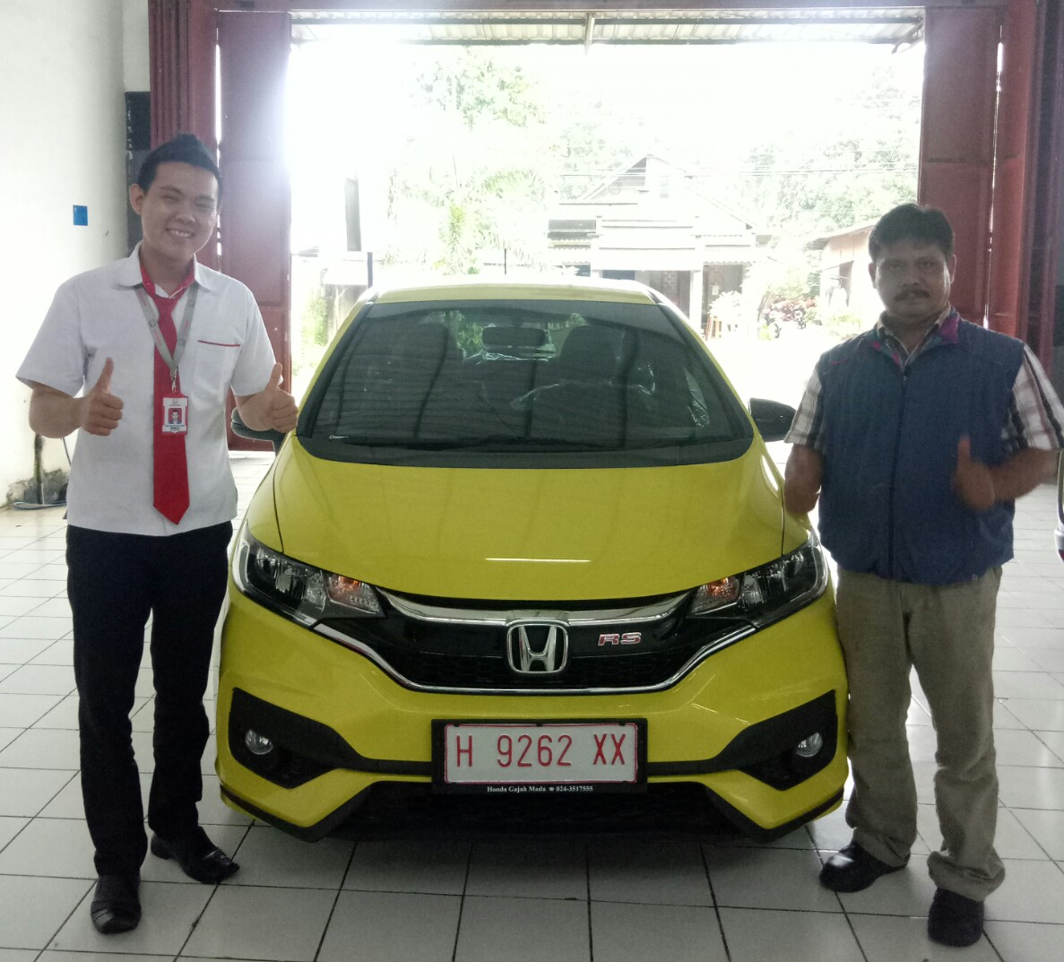 Sales Marketing Mobil Dealer Honda Jepara K. Ronald