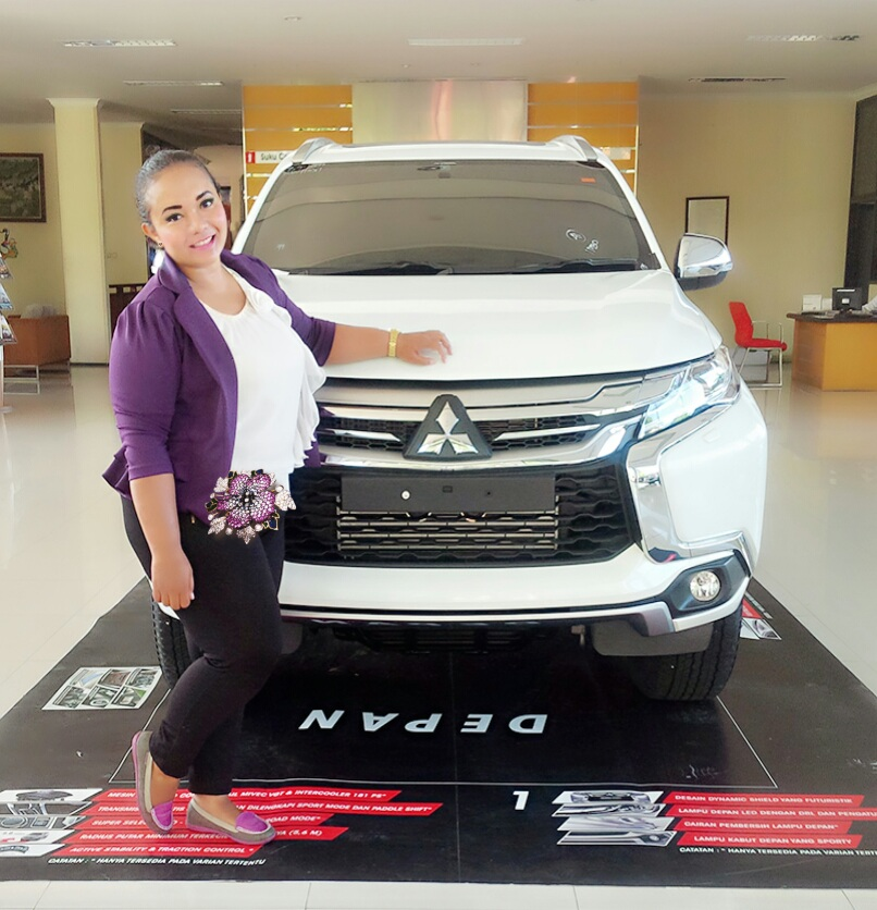Sales Marketing Mobil Dealer Mitsubishi Denpasar Nita