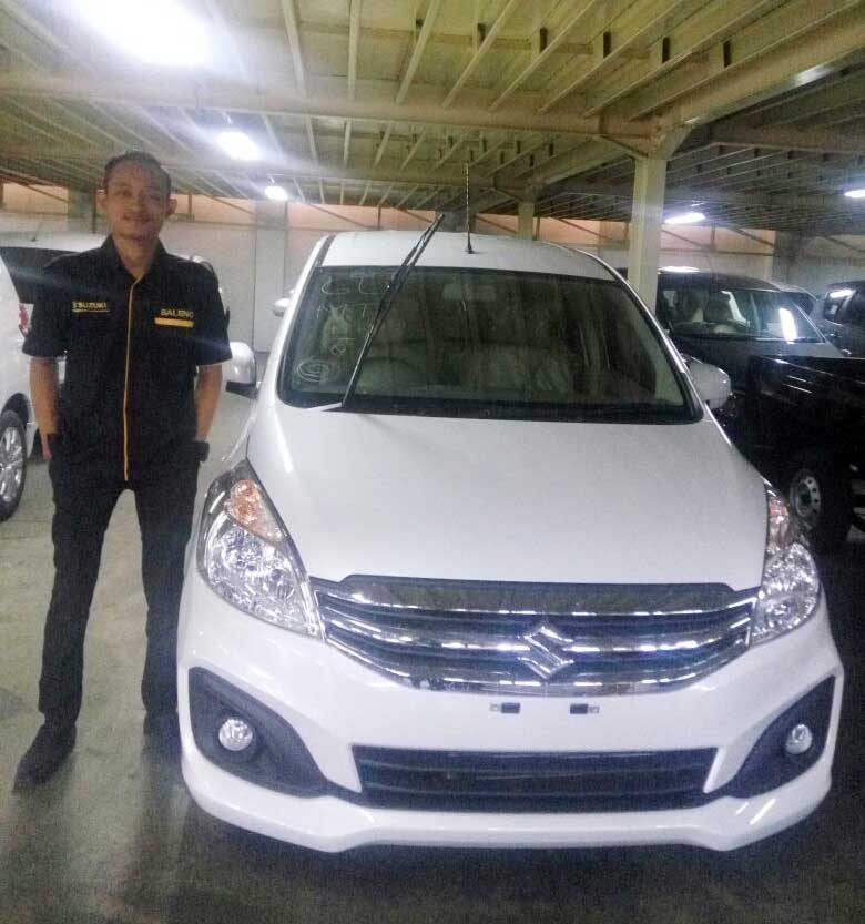 Sales Marketing Mobil Dealer Suzuki Gresik Heru