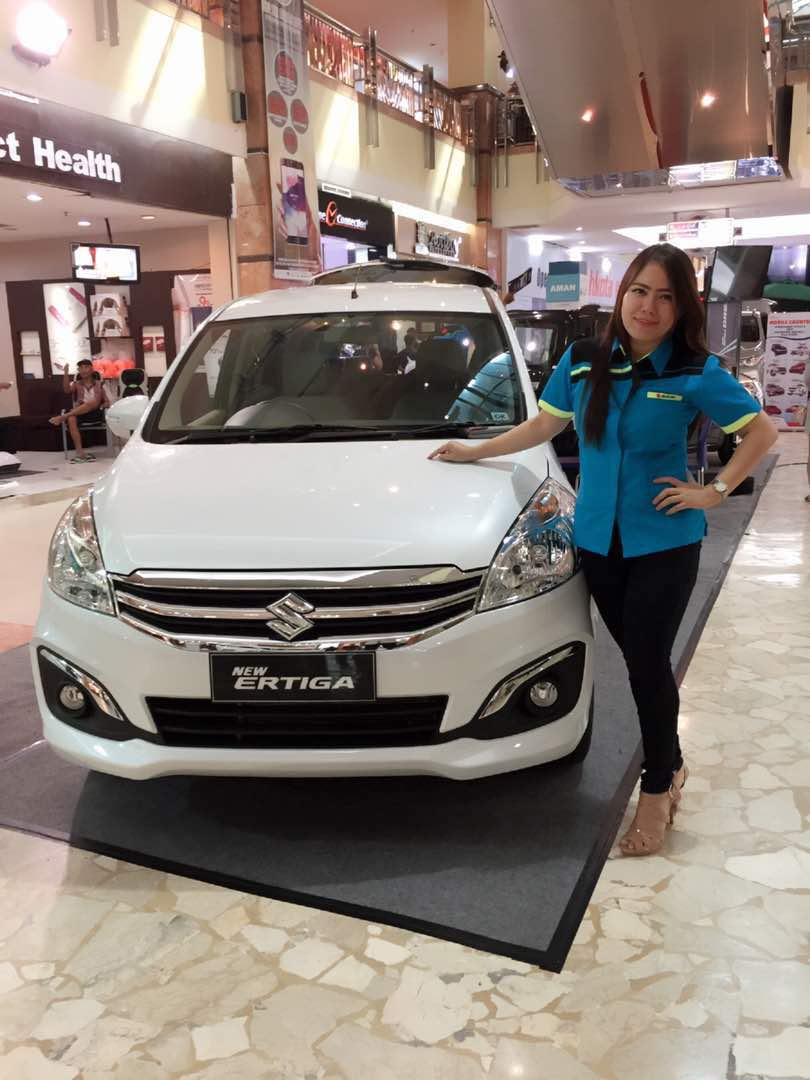 Sales Marketing Mobil Dealer Suzuki Pekanbaru Nia