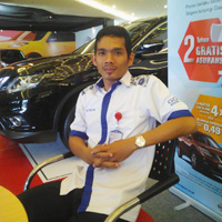 Sales Marketing Mobil Dealer Nissan Datsun Bantul