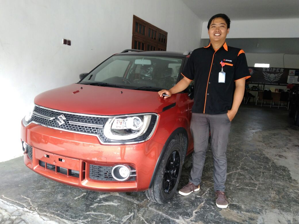Sales Marketing Mobil Dealer Suzuki Banyuwangi Engka
