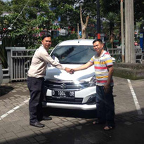Sales Marketing Mobil Dealer Suzuki Cibeureum
