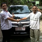 Foto-Penyerahan-Unit-4-Sales-Marketing-Mobil-Dealer-Mitsubishi-Solo-Agus