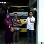 Foto-Penyerahan-Unit-6-Sales-Marketing-Mobil-Dealer-Mitsubishi-Solo-Agus