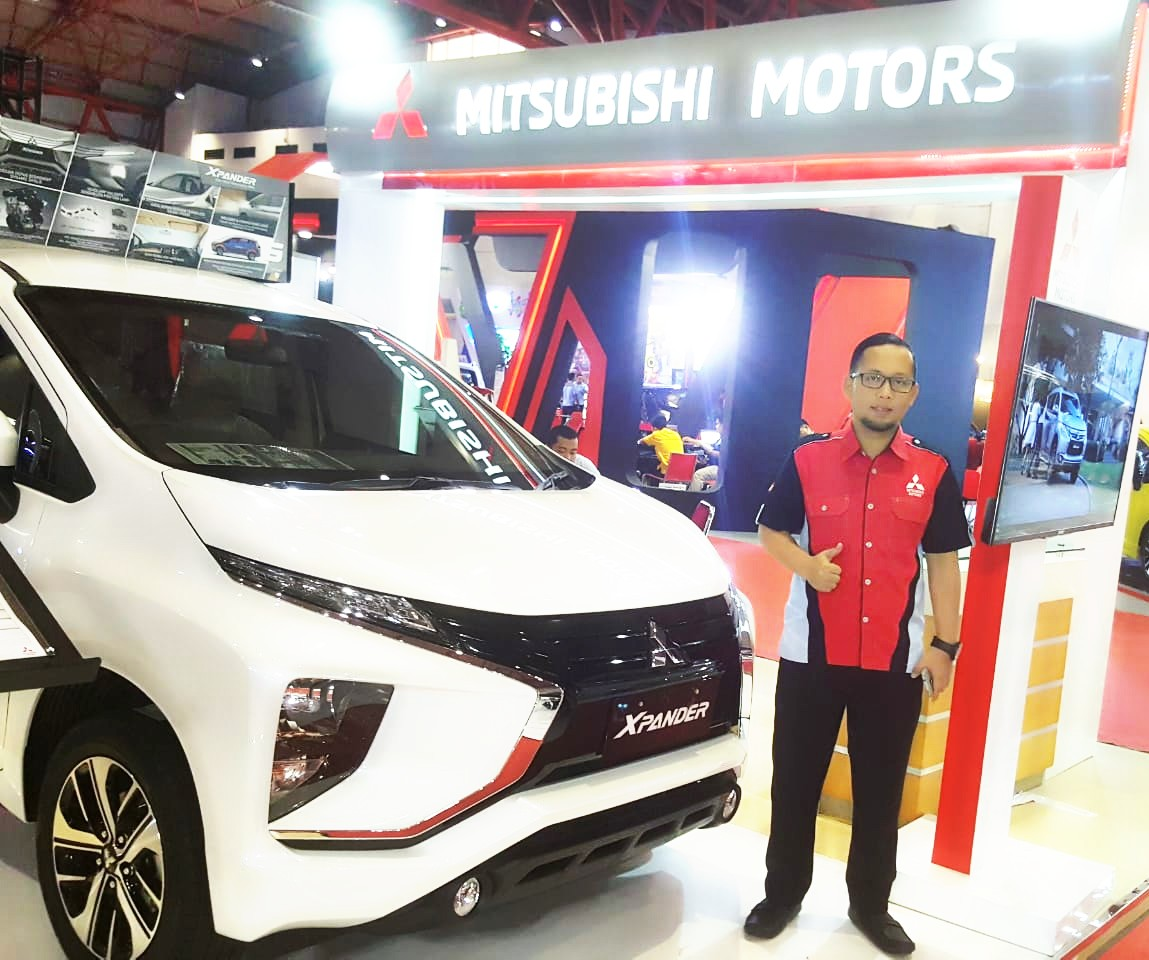 Sales Marketing Mobil Dealer Mitsubishi By Fajar