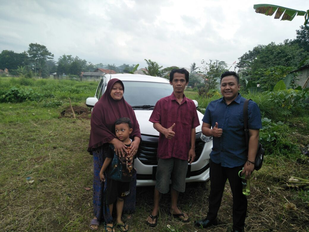 Sales Marketing Mobil Dealer Daihatsu Asep
