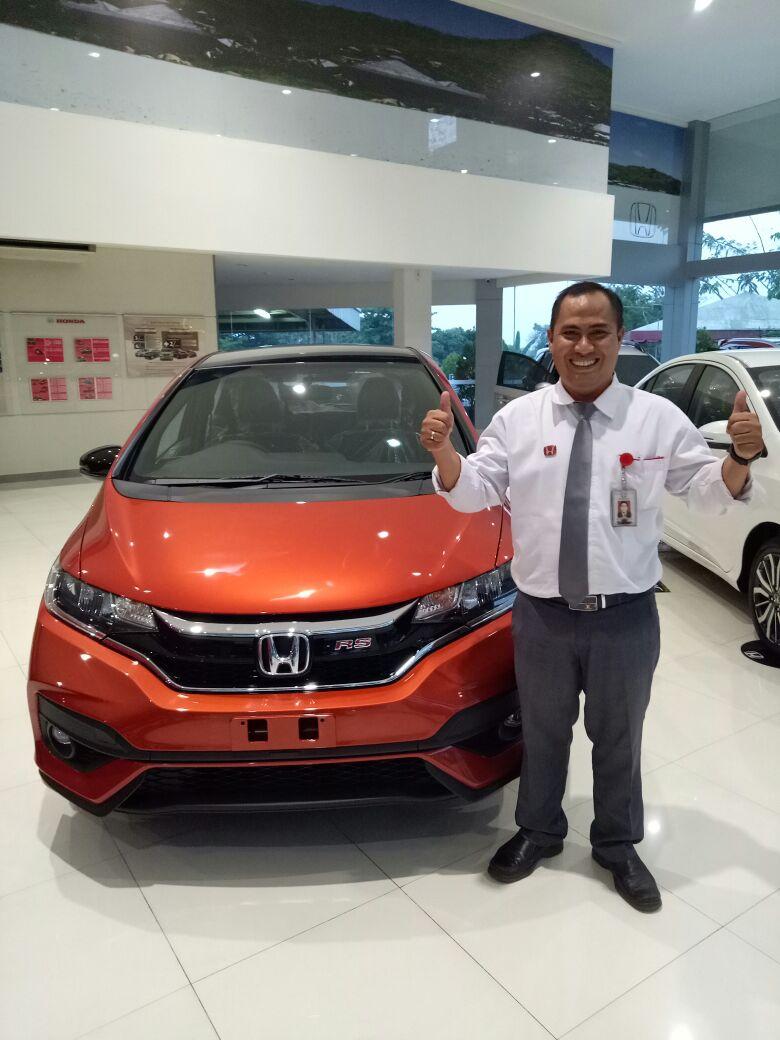 Sales Markeitng Mobil Dealer Honda Dendi