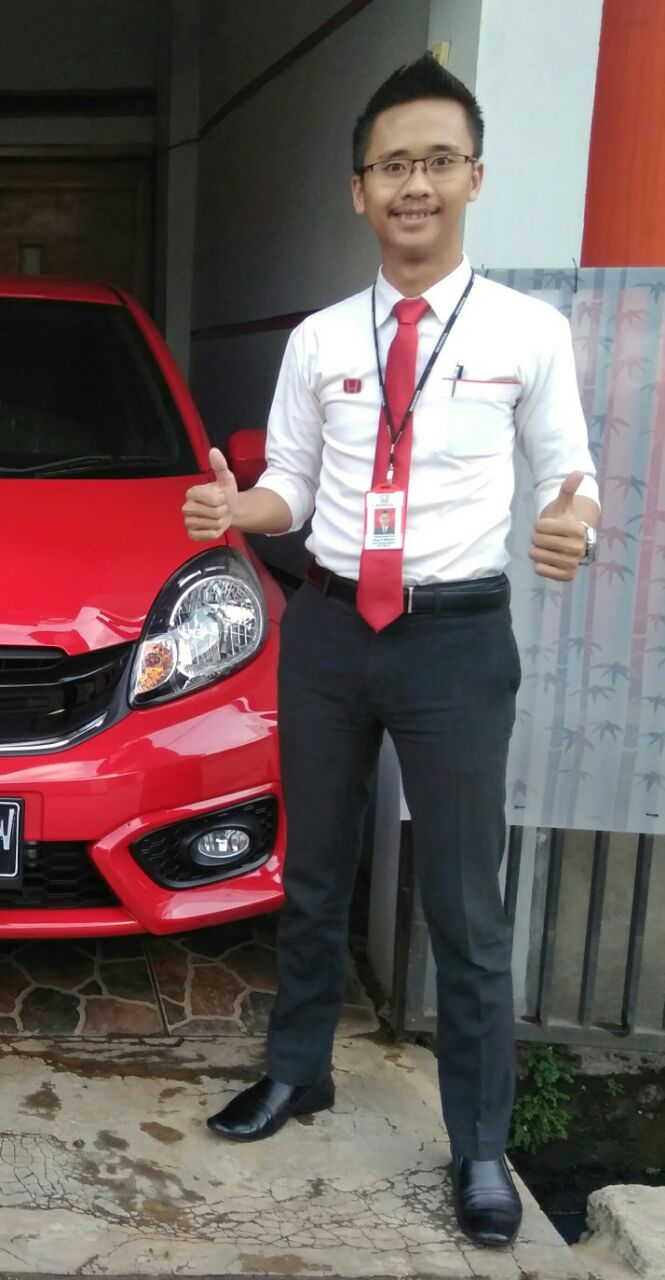 Sales Marketing Mobil Dealer Honda Bandung Nunu