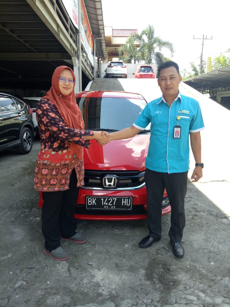 Sales Marketing Mobil Dealer Honda Hendi