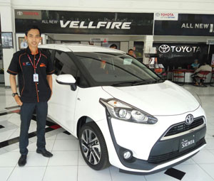 Sales Marketing Mobil Dealer Toyota Cilacap Faiz