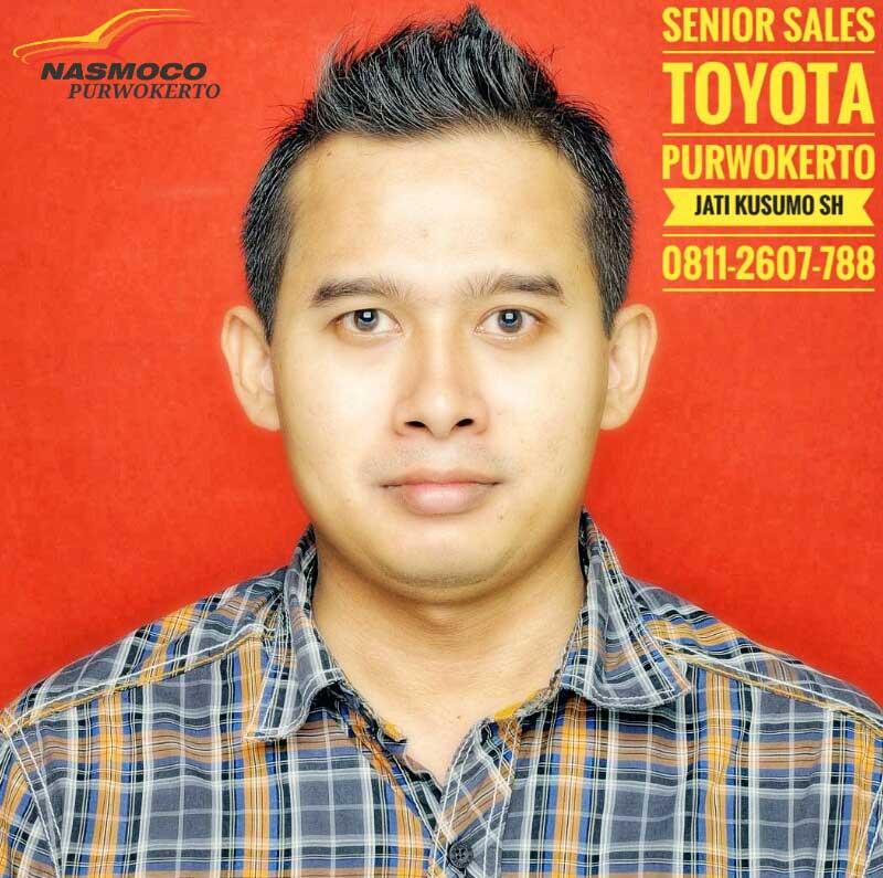 Sales Marketing Mobil Dealer Toyota Jati