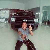 Sales Marketing Mobil Dealer Toyota Magelang