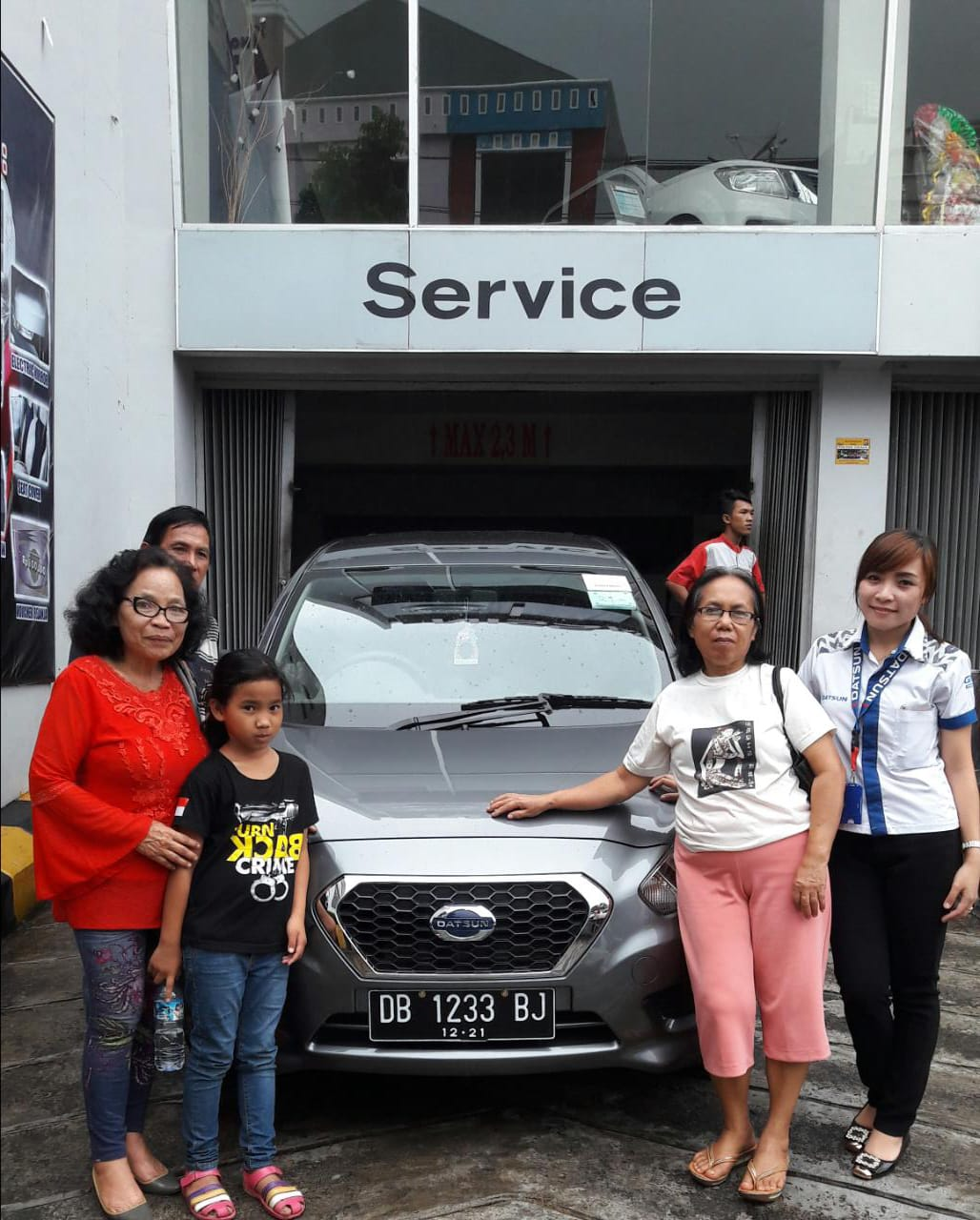 Sales Marketing Mobil Dealer Datsun Lia