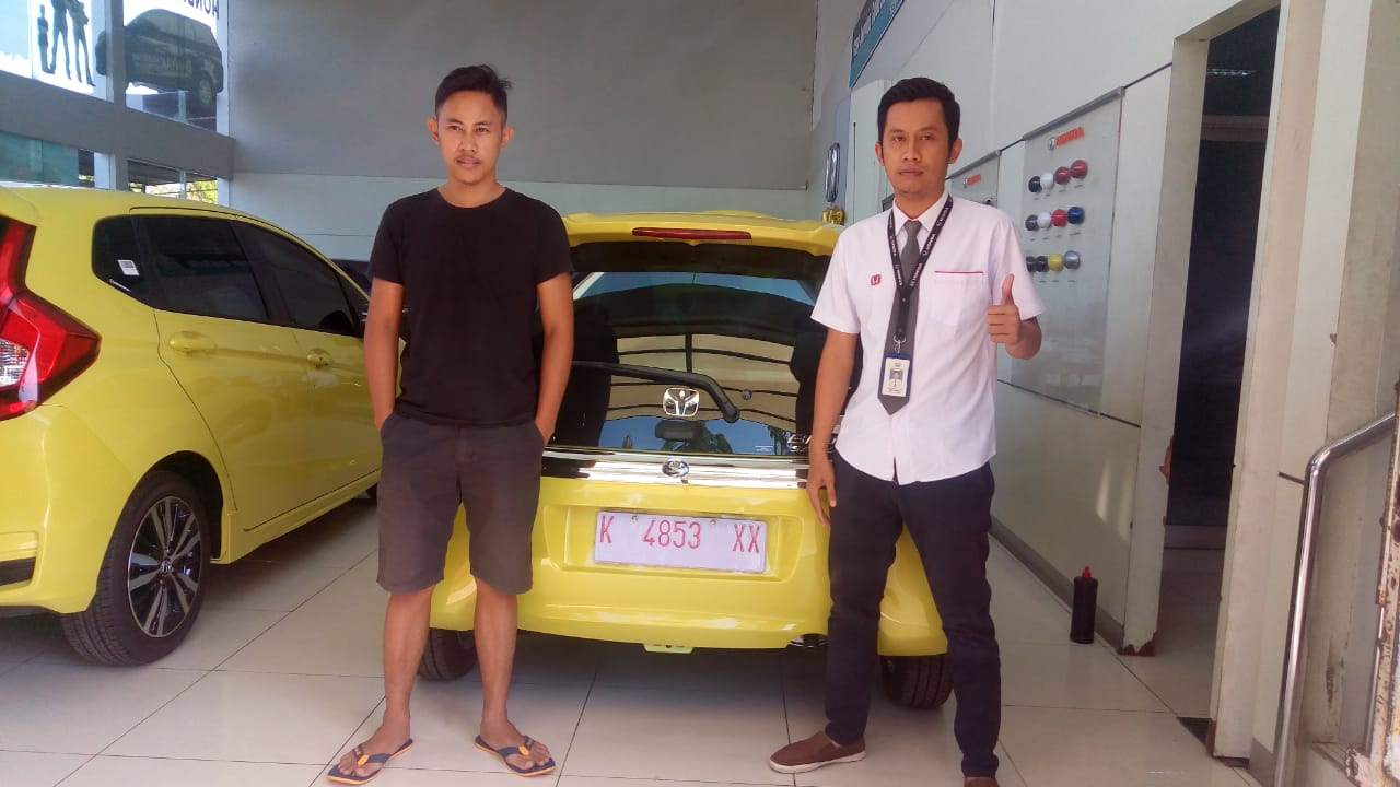 Sales Marketing Mobil Dealer Honda Asif
