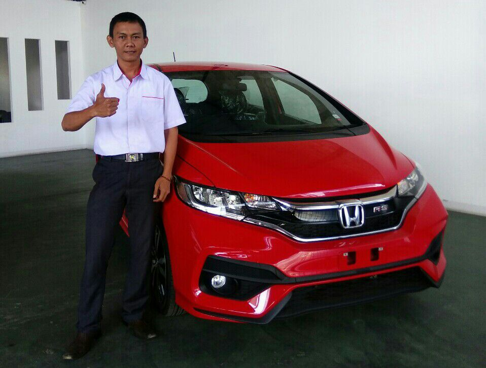 Sales Marketing Mobil Dealer Honda Teddy