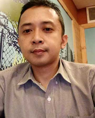 Sales Marketing Mobil Dealer Mitsubishi Irfan