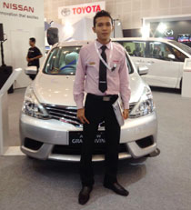 Sales Marketing Mobil Dealer Nissan Tulungagung Rudi Hasanudin