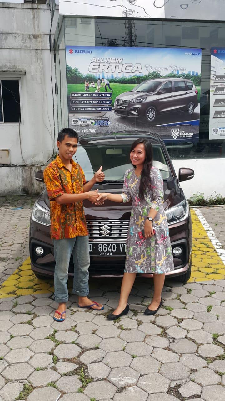Sales Marketing Mobil Dealer Suzuki April