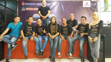 Sales Marketing Mobil Dealer Suzuki Jombang Adi