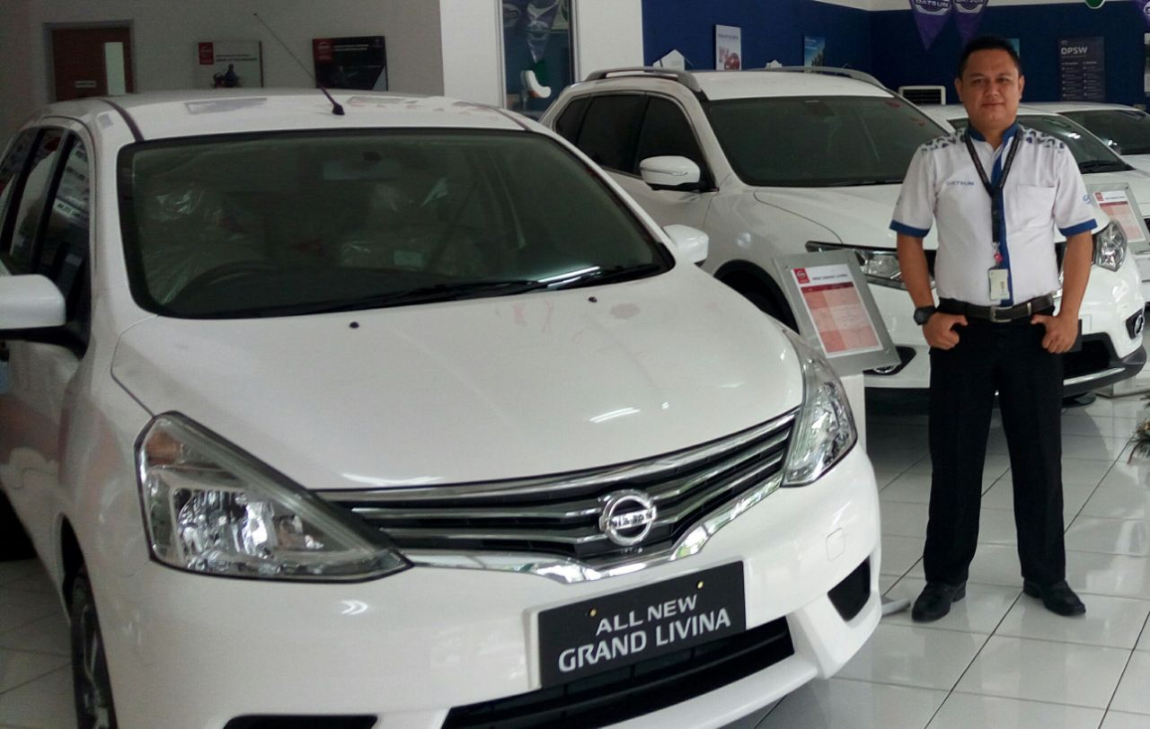 Sales Marketing Mobil Nissan Dwi Pur