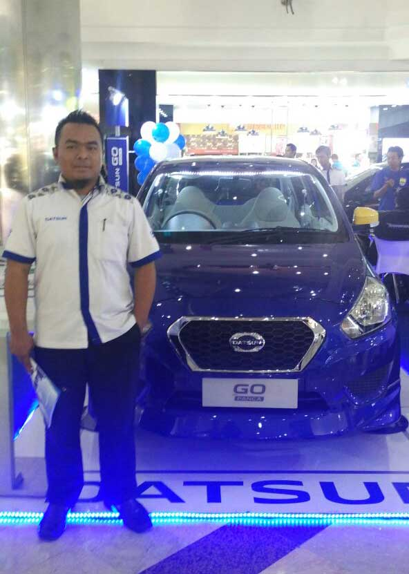 Sales Marketing Mobil Dealer Datsun Sumedang Dani