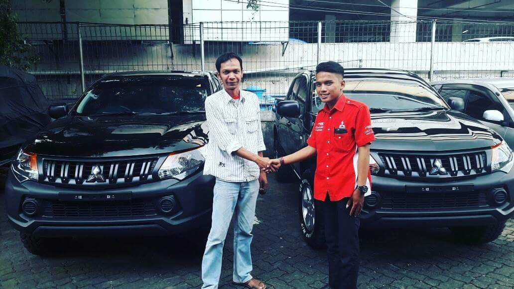Sales Marketing Mobil Dealer Mitsubishi Fedri