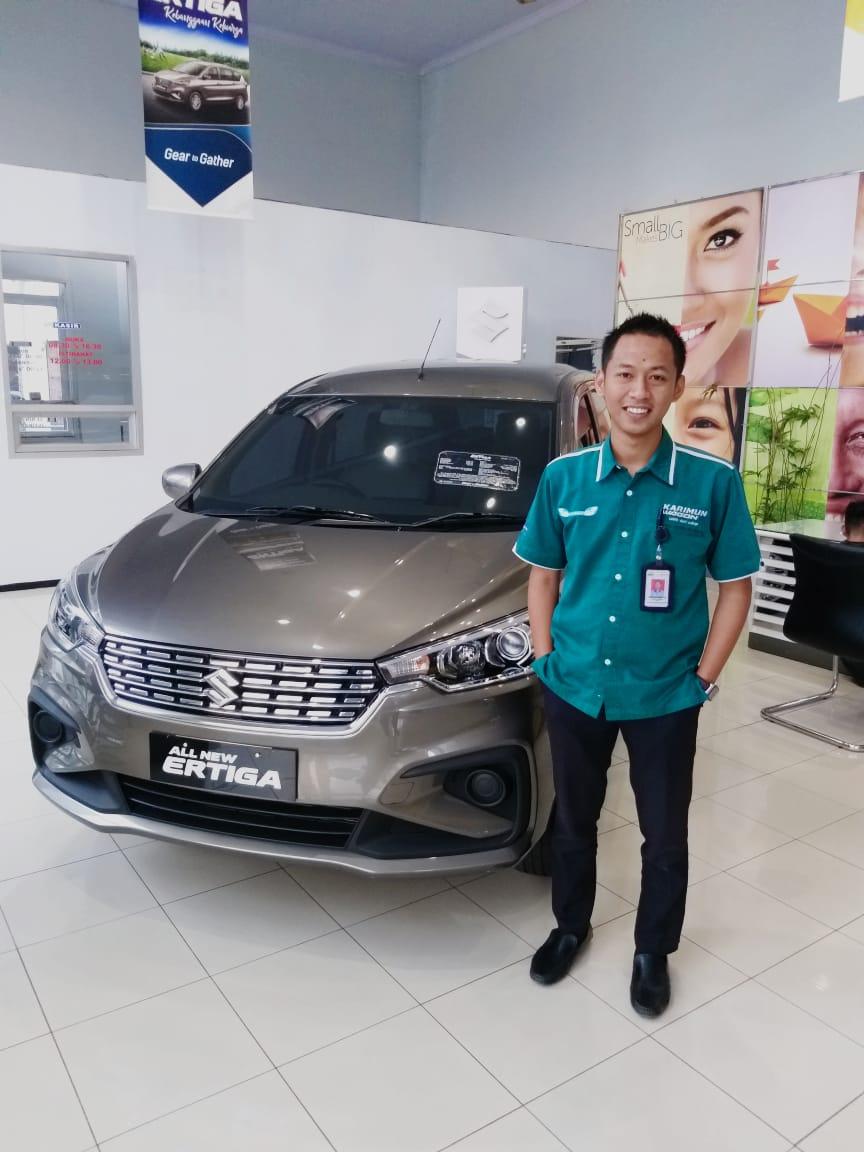 Sales Marketing Mobil Dealer Suzuki Vido