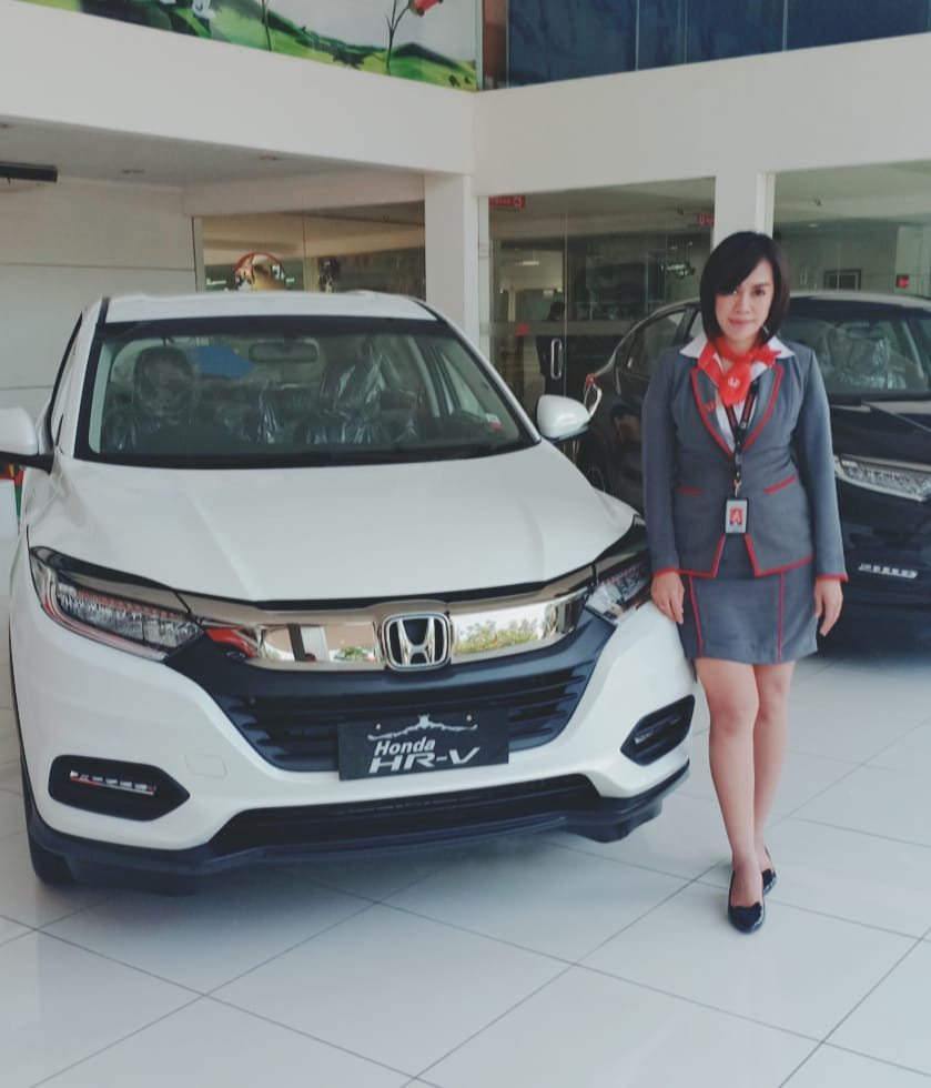 Sales Marketing Mobil Dealer Honda Lucia