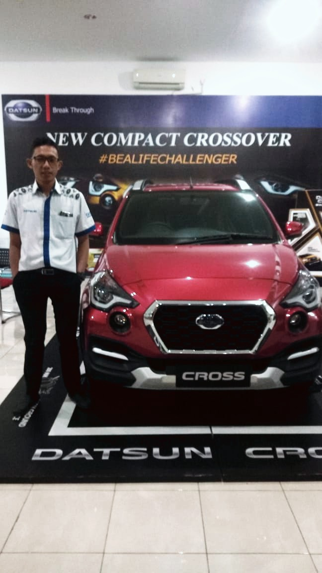 Sales Marketing Mobil Dealer Datsun Arya