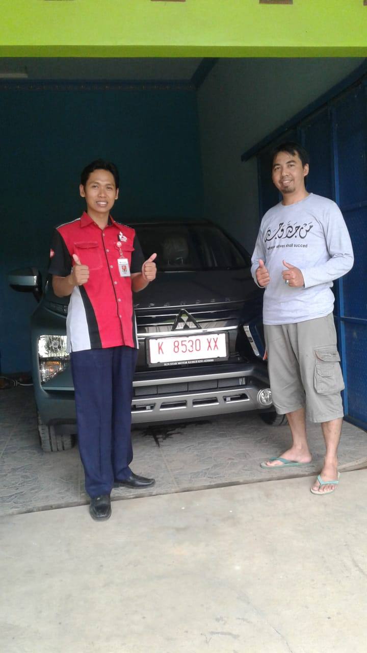 Sales Marketing Mobil Dealer Mitsubishi Chambali