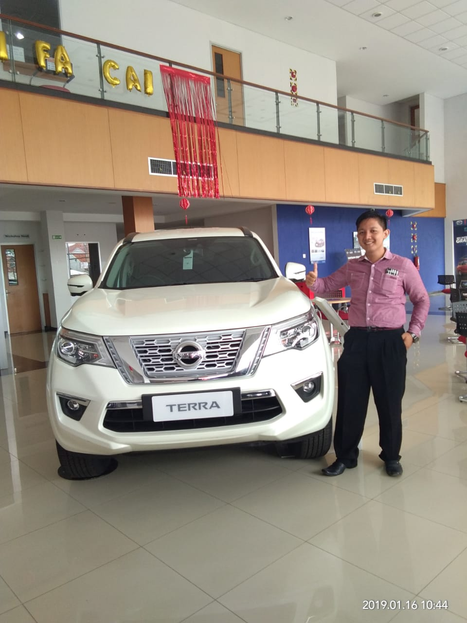 Sales Marketing Mobil Dealer Nissan Reza