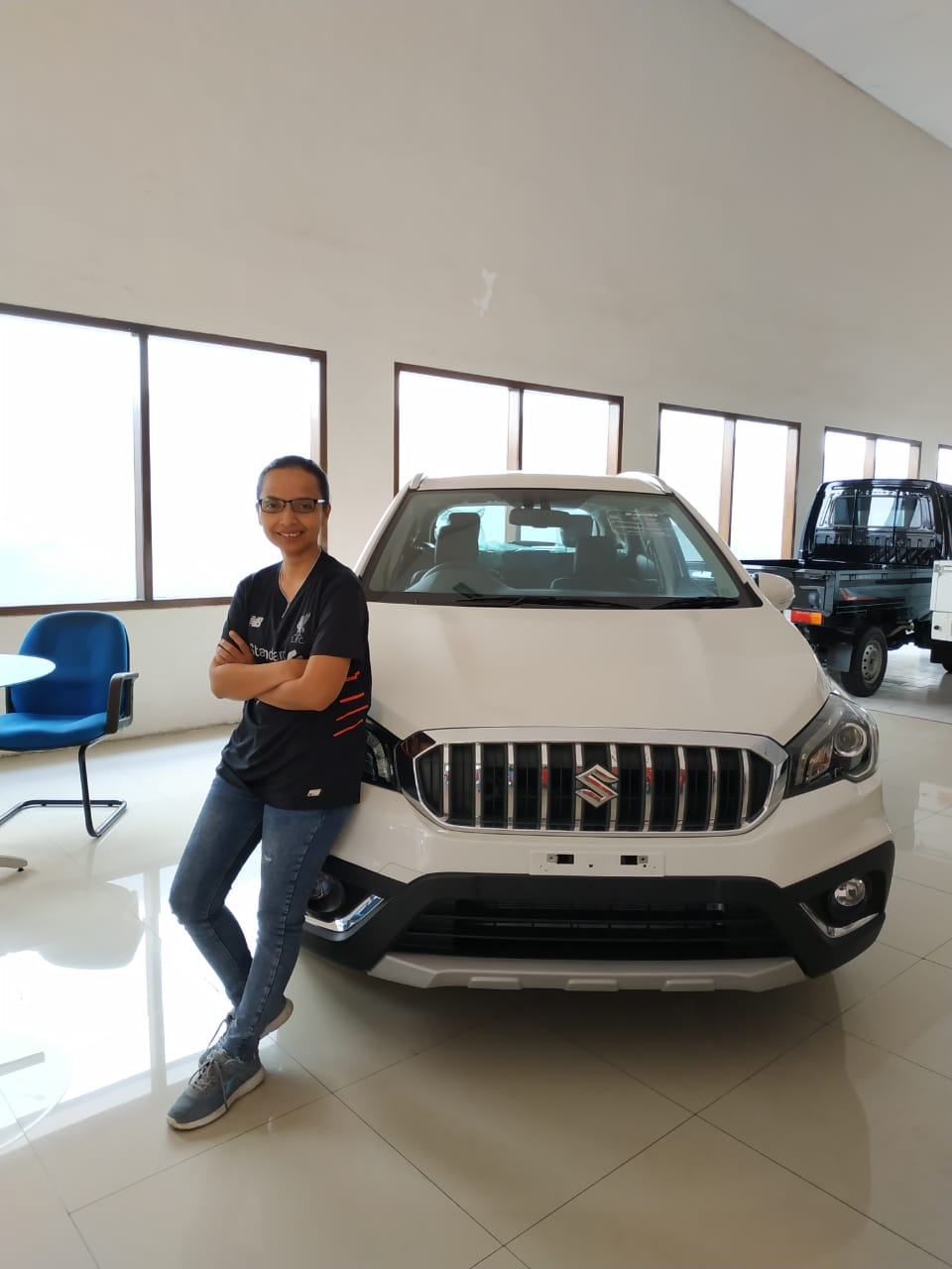 Sales Marketing Mobil Dealer Suzuki Santi