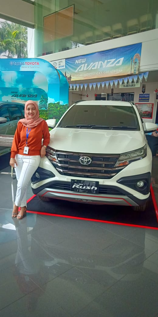 Sales Marketing Mobil Dealer Toyota Ayya