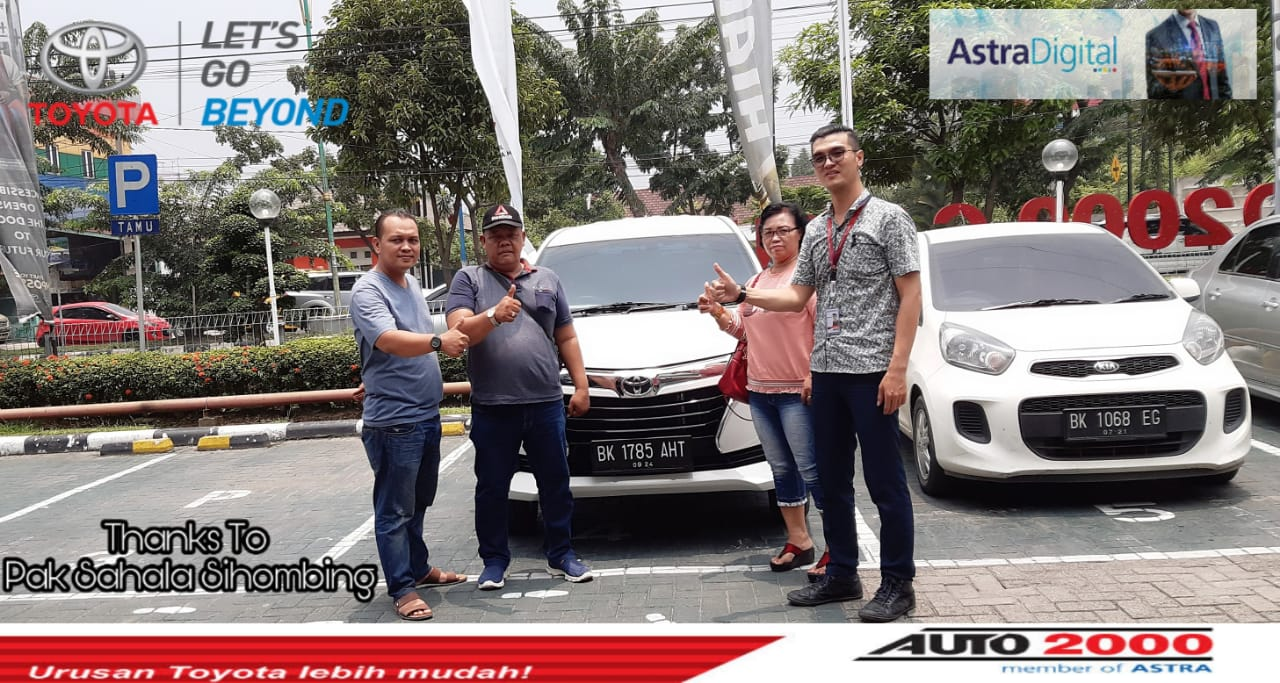 Sales Marketing Mobil Dealer Toyota Billy
