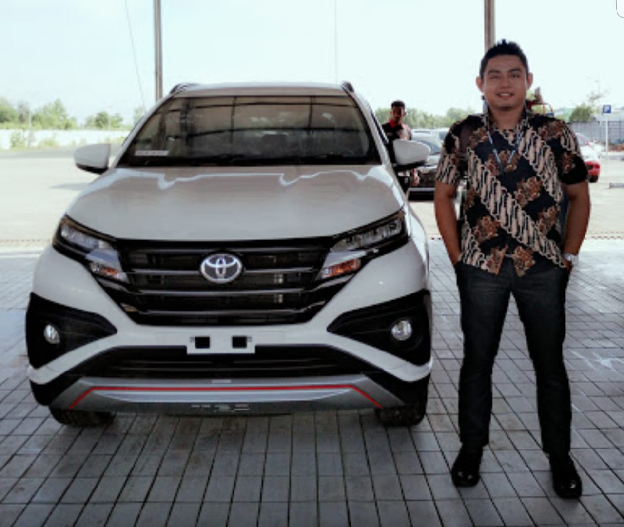 Sales Marketing Mobil Dealer Toyota Ibnu InfoSalesMobil.com