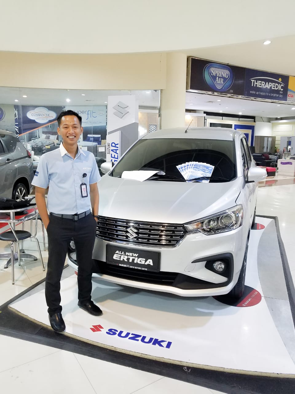Sales Marketing Mobil Suzuki Banyuwangi Vido